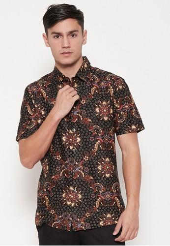ODZA CLASSIC black and brown Odza Classic Kemeja Batik Slimfit Pria Lengan Pendek Hitam Cokelat 86363AA3521270GS_1