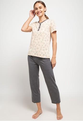 Puppy beige and grey Pyjama Pijama Short Sleeve Long Pants Sleepwear 29BCCAA906B095GS_1