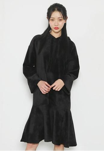 柔軟zalora 手錶 評價貂毛連帽連衣裙, 服飾, 及膝洋裝