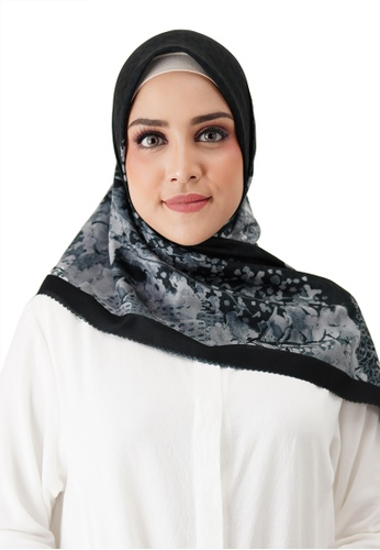 Buttonscarves black Buttonscarves New York Reborn Voile Square Fifth Avenue F852DAA4905BCBGS_1