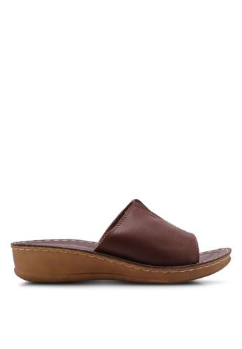 Noveni brown Casual Faux Leather Sandals 16AECSHD54AD78GS_1