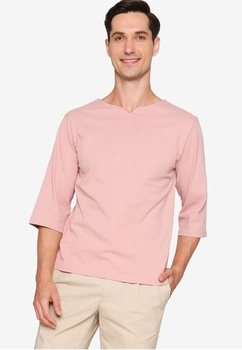 ZALORA BASICS pink Linen Blend Notch Neck T-Shirt 6AFAEAA8D3688FGS_1