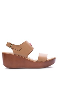 ANNELLE camel sandals on 2.5-inch molded sole wedge