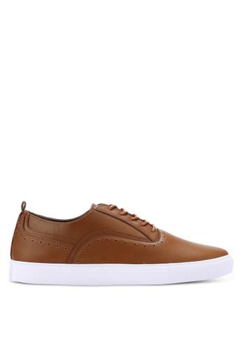 ZALORA brown Faux Leather Oxford Sneakers 55881SHDB0356FGS_1