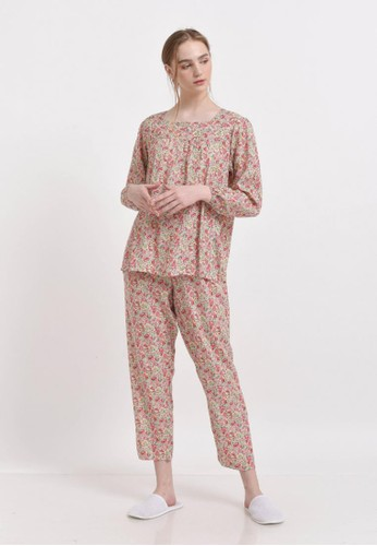 XAYANA Pyjama Set Bunga Contrast Beige AD366AAFC746A7GS_1