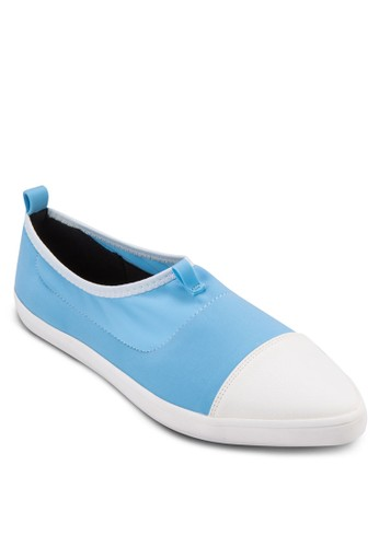 zalora 鞋評價雙色緞感尖頭休閒鞋, 女鞋, 鞋