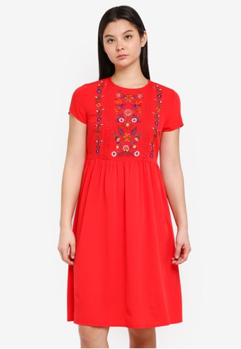 Dorothy Perkins red Petite Embroidered Midi Dress C40FBAA31A029BGS_1