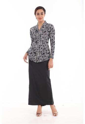 Amar Amran black Kebaya Midi Batik Moden 0319AAAD875075GS_1