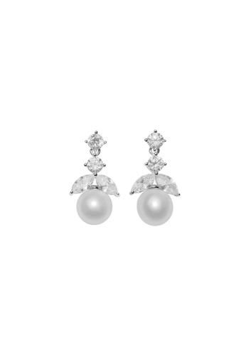 Pearly Lustre silver Pearly Lustre Elegant Freshwater Pearl Earrings WE00054 4EE1AAC153FA0CGS_1