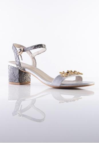Stilaré silver and gold Julie Embellished Sandals in Silver F638ESH0DCF5F3GS_1