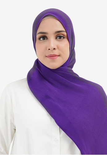 Buttonscarves purple Buttonscarves Everyday Pleated Shawl Eggplant BDDAEAAE4FE850GS_1