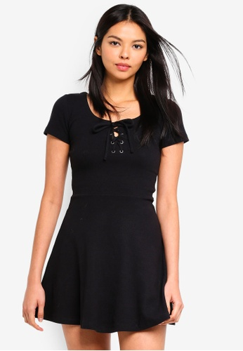 6IXTY8IGHT black Lace-Up Front Skater Dress 49637AA057F8E4GS_1