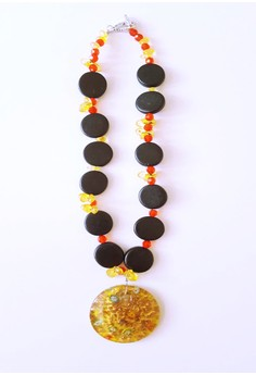 Jollie Necklace
