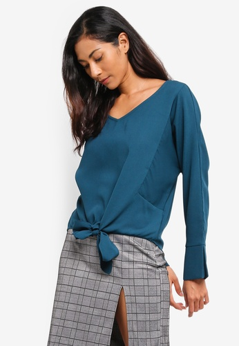 ZALORA BASICS green and blue Basic V-Neck Blouse With Knot Details E9538AA18C5FFEGS_1