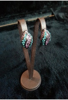 multi color seed shape earring
