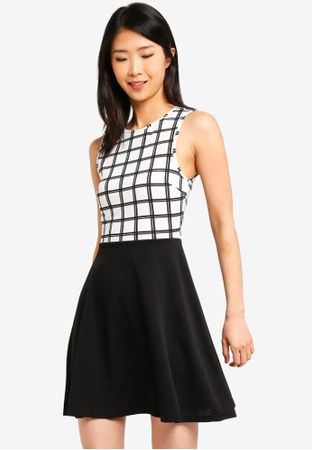 ZALORA BASICS black and white and multi Basic Fit And Flare Dress 52113AA0E507D4GS_1