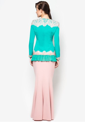 zalora malaysia essay Background of zalora zaloracommy is the no 1 online fashion shopping site in malaysia there are more than 600+ local and international brands, 30,000+ products across menswear, womenswear, kidswear, traditional wear, sportswear, lifestyle products and beauty and more.