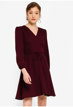 c3d0c5e91924 ZALORA BASICS red Basic V-Neck Long Sleeves Dress B6CF0AA764DE86GS_1