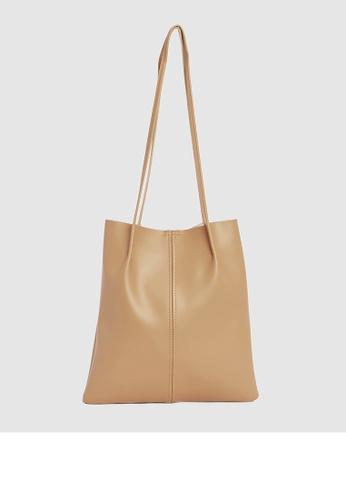 Calli beige Belles Pleated Tote Bag B3CFDACAEC2A19GS_1