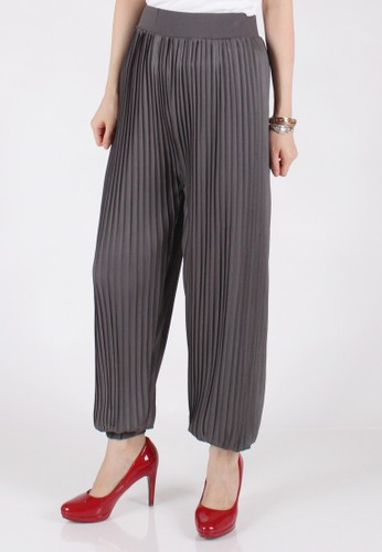 Meitavi's Fine Plisket Jogger Pants - Grey