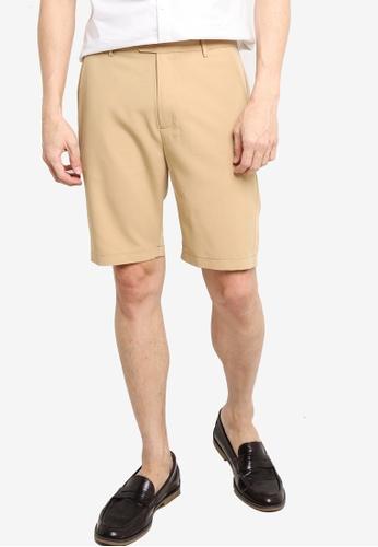 ZALORA BASICS brown Tailored Shorts 7D88DAA6E2FE39GS_1