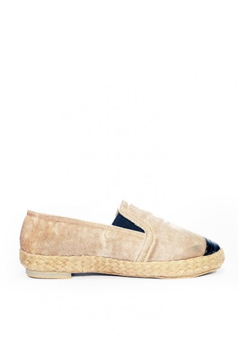 M&G beige Darrence Espadrille by M&G 5BCF6SH5AD3E33GS_1