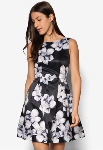 花卉印花傘esprit鞋子擺洋裝, 服飾, 洋裝