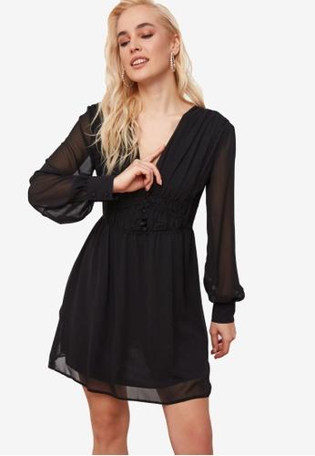 Trendyol black Plunge V Neck Detail Dress 85ACBAA0D2EE92GS_1