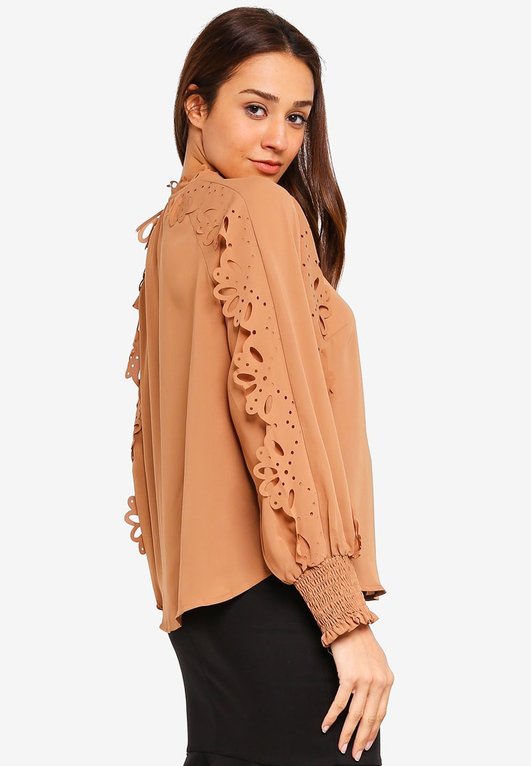 Camel Cut Blouse bYSI Laser Detailed 5HqXzHIw