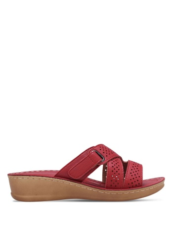 Noveni red Perforated Wedge Sandals NO978SH0RX3AMY_1