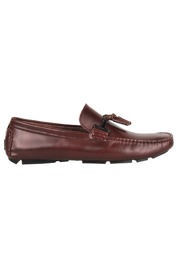 Tomaz red Tomaz C004A Buckled Tassel Loafers (WINE) 54C16SHD6A5F42GS_1