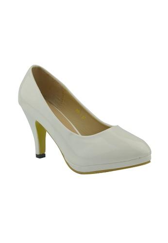 SHINE white Classic Grossy Court Heels SH554SH95FKMSG_1
