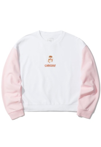 :CHOCOOLATE white Colour block logo emblem sweatshirt E04FEAAEAE4954GS_1