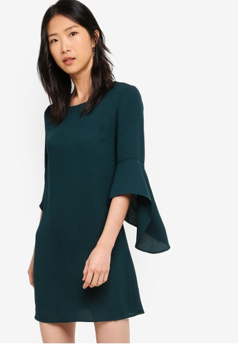ZALORA BASICS green Basic Fluted Sleeves Shift Dress 44DF2AAA37A653GS_1