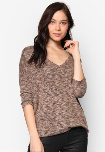 V 領針織長袖T-shirt、 服飾、 上衣NewLookV領針織長袖上衣最新折價
