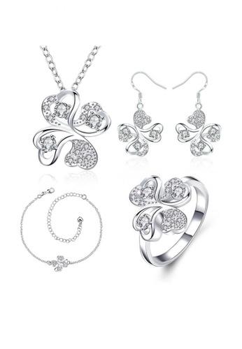 Treasure by B & D gold S034-C Petal Jewelry Set TR022AC24UGDPH_1