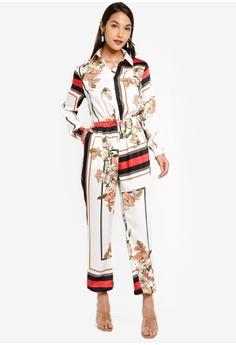 175de993 10% OFF MISSGUIDED Utility Border Print Floral Jumpsuit RM 189.00 NOW RM  169.90 Sizes 6 8 10 12