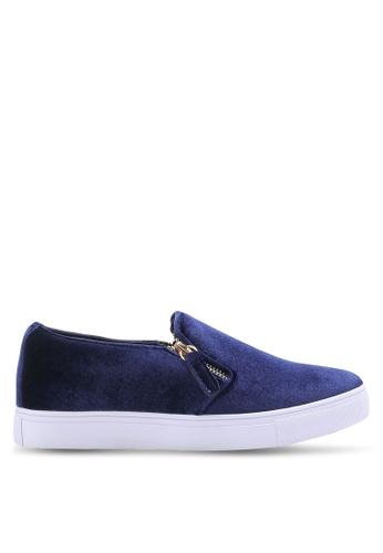 ZALORA 海軍藍色 天鵝絨拉鍊懶人鞋 69494SHDD8B7DAGS_1
