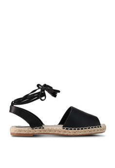 3c8f1862823 Buy Miss Selfridge Flats For Women Online on ZALORA Singapore