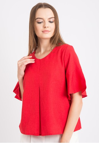 The B Club red Pleats Roundneck Blouse B943EAA7FCDFC7GS_1