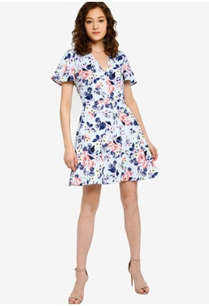650a78d90f73d French Connection Armoise Crepe Flippy Dress S$ 181.90. Sizes 6 8 10 12