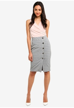 e3cb5b8493b1 40% OFF FORCAST Leslie Pencil Skirt S$ 80.90 NOW S$ 48.54 Available in  several sizes