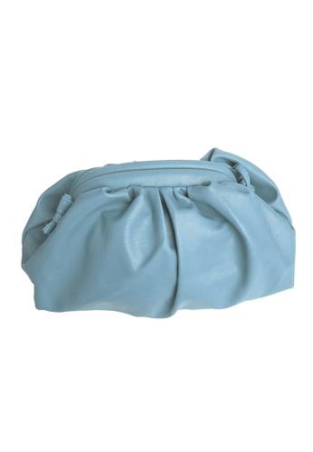 TEERA BELLESA blue Maxi Pop Clutch in Blue 4E921ACCAB9E12GS_1