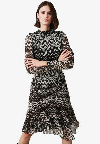 Trendyol black High Neck Printed Flounce Dress 938AEAAEFA6012GS_1
