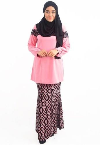 Denai Boutique pink Baju Kurung Anggun Seera B2822AAA6D4F85GS_1