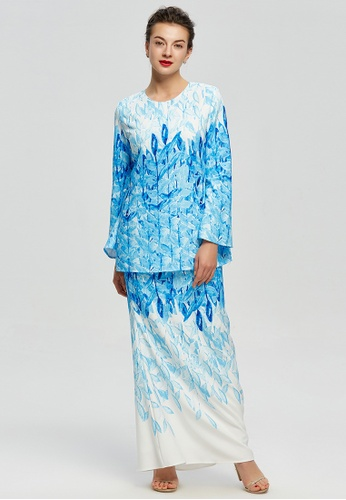 Vibrant Leaf Silhouette Baju Kurung from Era Maya in Blue