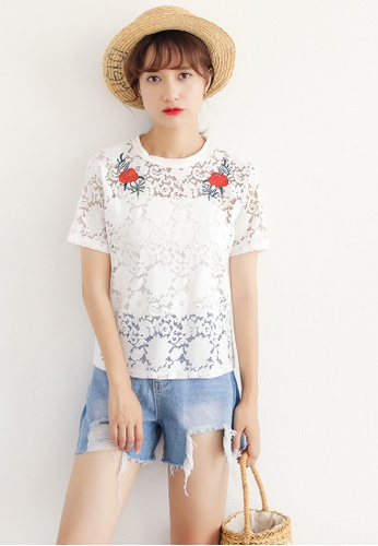 Shopsfashion white Embroidered Lace Blouse in White SH656AA95DAMSG_1