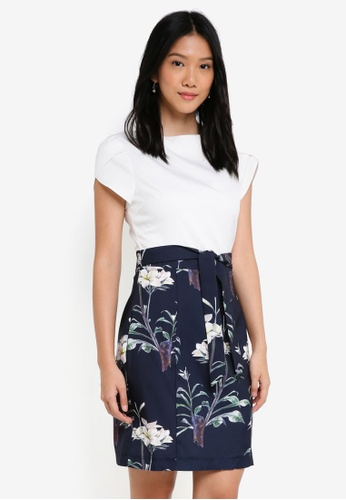 ZALORA white and navy Petal Sleeves Colourblock Dress 5097EAADDDDD93GS_1