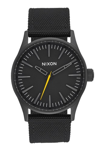 NIXON Sentry 38 Nylon All Black Jam Tangan Unisex A426001 - Nylon - Black