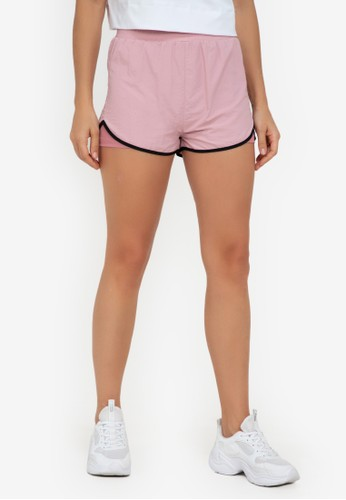 ZALORA ACTIVE multi Mid Rise 2-In-1 Contrast Trim Shorts 83C40AA56D315BGS_1